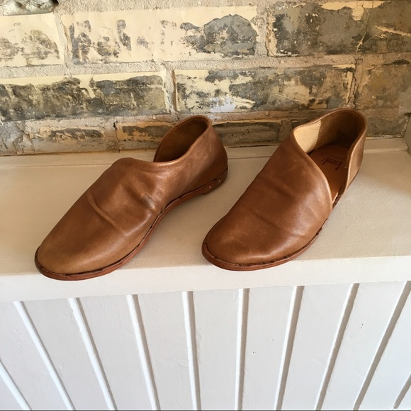 3e513472d94 Beek- Egret Leather Cut-out Shoes
